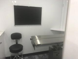 LA Mobile Vet Unit Monitor